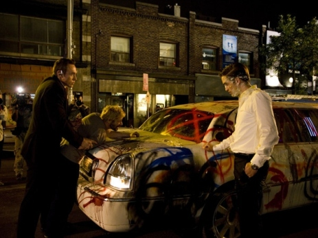 cosmopolis-robert-pattinson-limo-grafitti